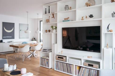 GANTZ - Wohnwand mit integriertem Fernseher und HiFi von GANTZ.de ...