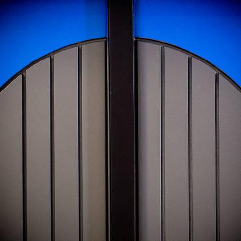Private Club:  Windows & doors  by Artta Concept Studio