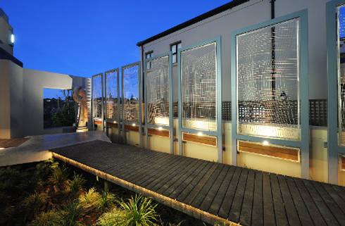 Residence, Little Walmer Golf Estate: modern Garden by The Matrix Urban Designers and Architects