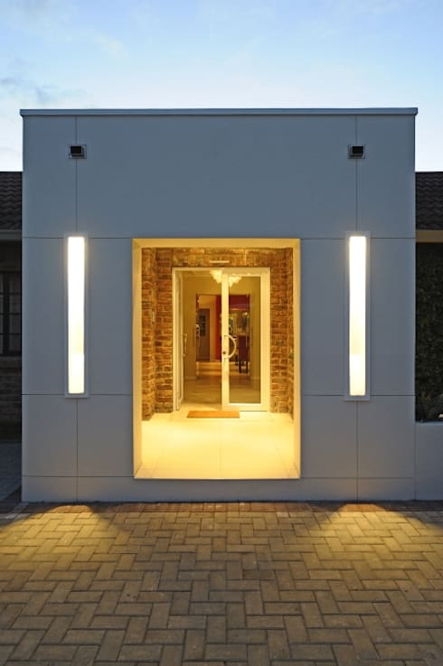 Renovations to Gardenview Guest House: modern Houses by The Matrix Urban Designers and Architects