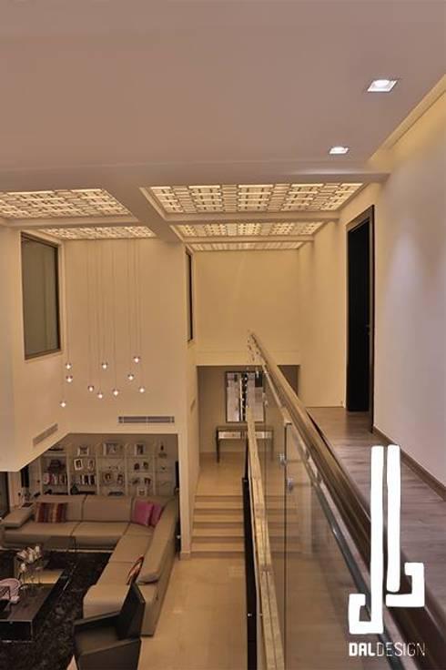 Nassars Private Villa:  Floors by dal design office