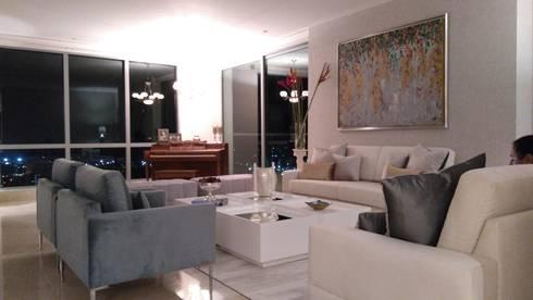 APARTAMENTO EDIFICIO ACQUA: Paisajismo de interiores de estilo  por ANDRES FELIPE YANET - ESTUDIO DE DISEÑO