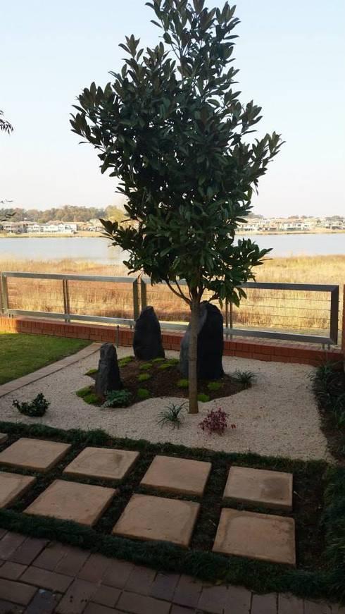 BADENHORST: asian Garden by Japanese Garden Concepts