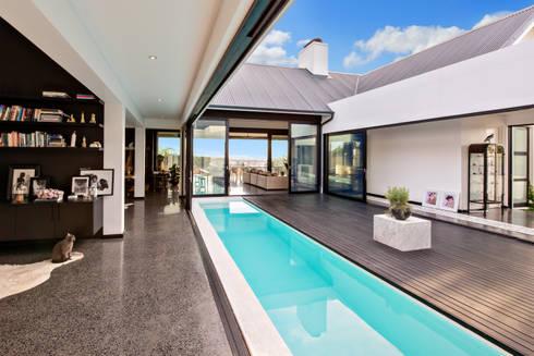 House Viljoen, Swimming Pool and Courtyard :  Single family home by Hugo Hamity Architects