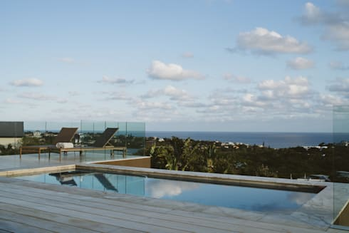House BellaVida, Salt Rock, South Africa  :  Infinity pool by Hugo Hamity Architects