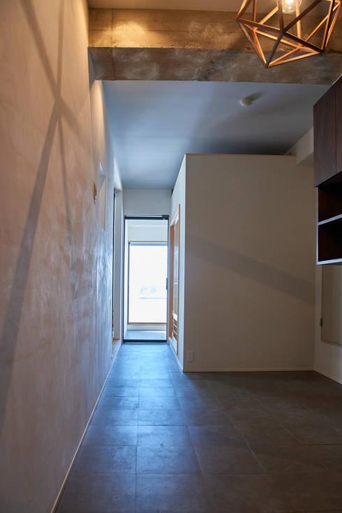 Koridor dan lorong by tai_tai STUDIO