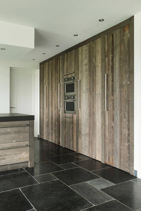 Gave wandkast van Barnwood:  Keuken door RestyleXL