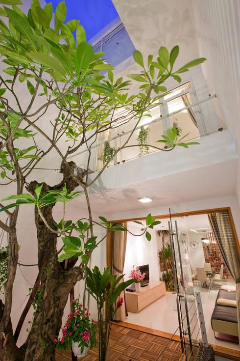 Kết cấu không gian ở các tầng:  Nhà gia đình by Công ty TNHH Xây Dựng TM – DV Song Phát