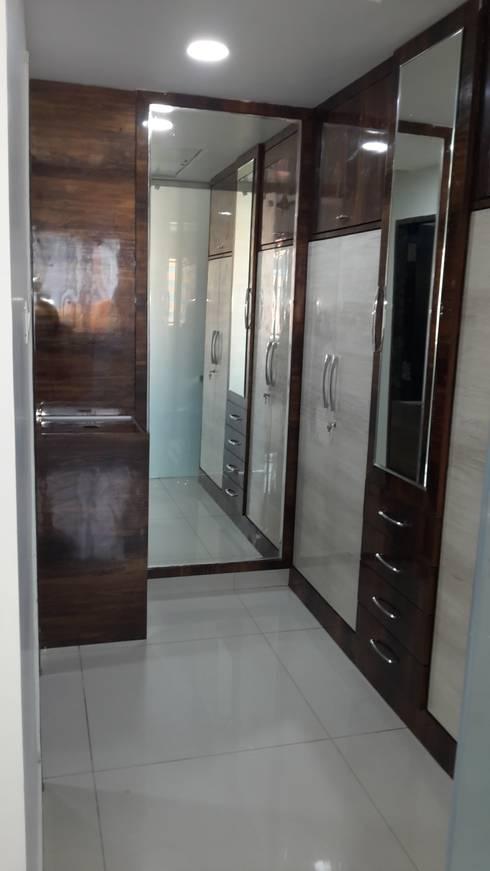 Residence@Hitech City: minimalistic Bedroom by Studio Neev Interiors & Architects