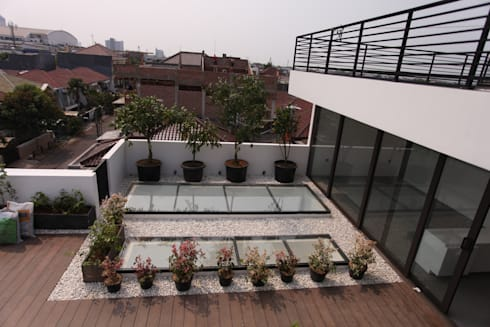 Rooftop 1:  Atap by ARAT Design