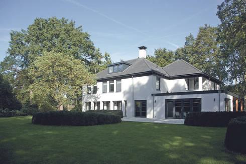 Verbouwing en uitbreiding van villa hilversum door