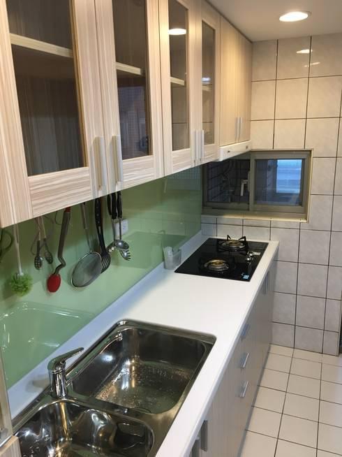 預算有限別擔心 舊屋翻新大空間:  廚房 by 捷士空間設計