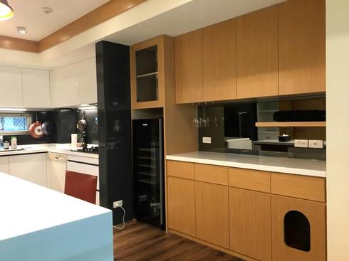 廚具及中島設計案:  餐廳 by 捷士空間設計