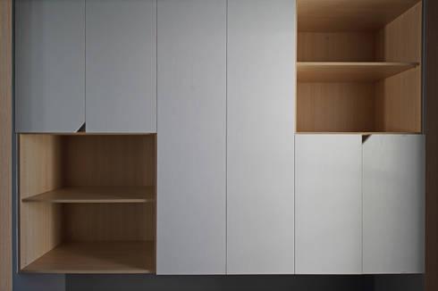楓樹:  書房/辦公室 by 樂沐室內設計有限公司