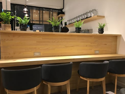 諾馬連鎖咖啡 南勢角店:  餐廳 by 捷士空間設計