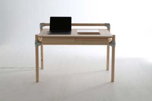 CONSENTABLE/mok: CONSENTABLEが手掛けた勉強部屋/オフィスです。