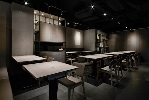 座位區:  餐廳 by 樸十設計有限公司 SIMPURE Design
