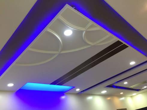 Interior: modern Living room by Samruddhi Interiors