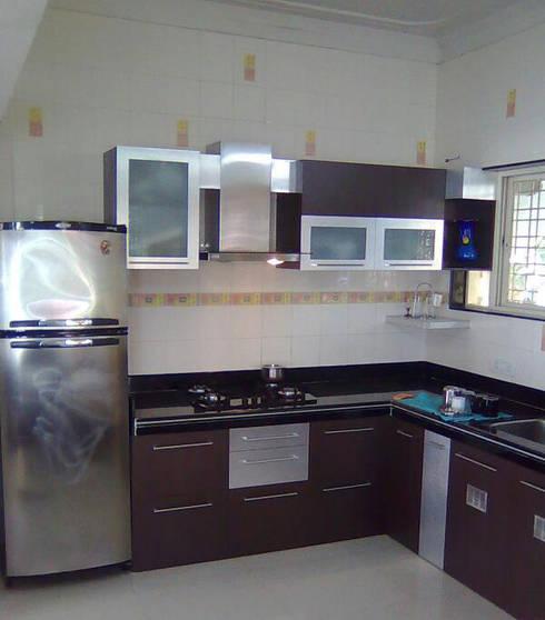 Interior: modern Kitchen by Samruddhi Interiors