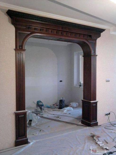 Kitchen Open:  Corridor, hallway & stairs  by Kapilaz Space Planners & Interior Designer