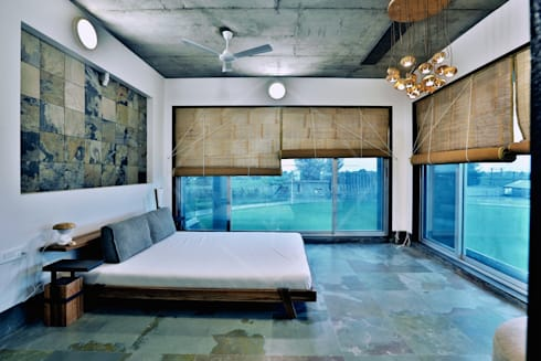 Interior:  Hotels by SPACCE INTERIORS