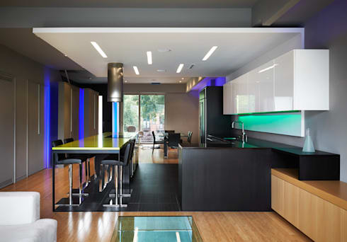 Klub Kitchen—Lenny's Place: modern Dining room by KUBE Architecture