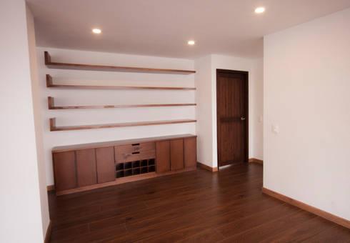 Apartamento MI Jara: Salas de estilo moderno por AMR estudio