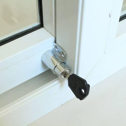 Window Lock Repairs:   by Locksmith Kempton Park