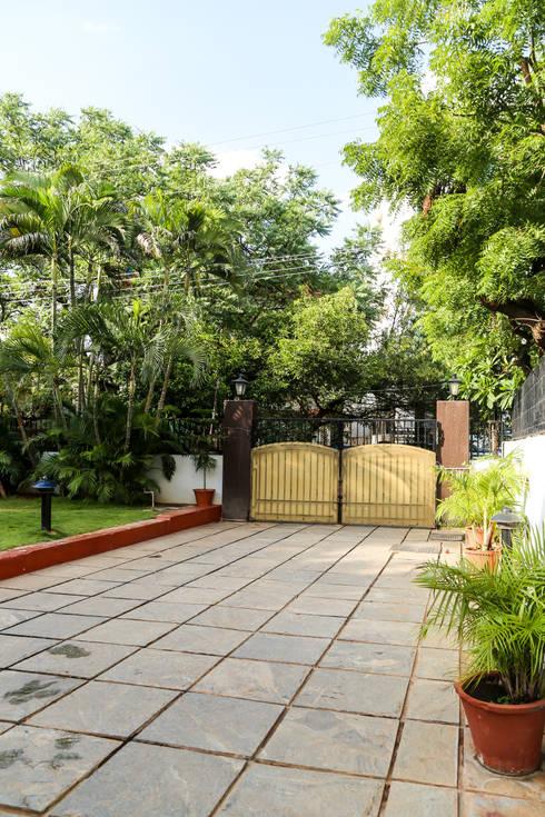Dr. Smitha Film Nagar:   by Ghar Ek Sapna Interiors