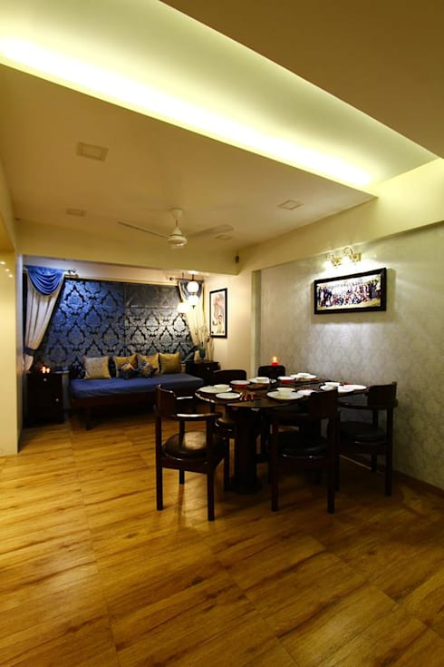 Dr.ramesh/Bhavna Bhanushali :  Dining room by PSQUAREDESIGNS