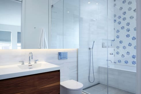 Tribeca Apartment: modern Bathroom by Sarah Jefferys Design