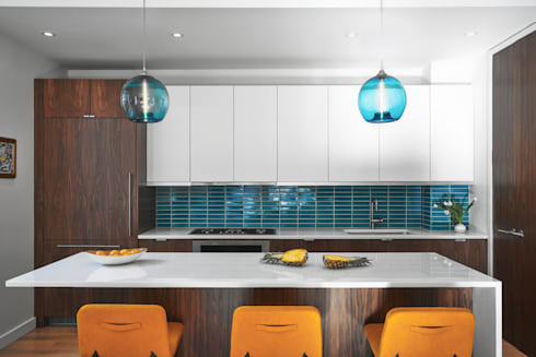 Tribeca Apartment: modern Kitchen by Sarah Jefferys Design
