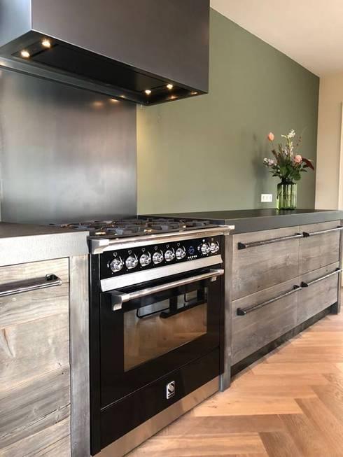 Barnwood keuken:  Keuken door RestyleXL