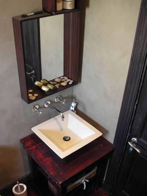 bathroom details: asian Bathroom by Till Manecke:Architect