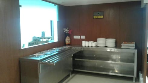 Cafeteria Design for HPCL at Scope Minar Office: modern Kitchen by HOME CITY LIFESTYLE