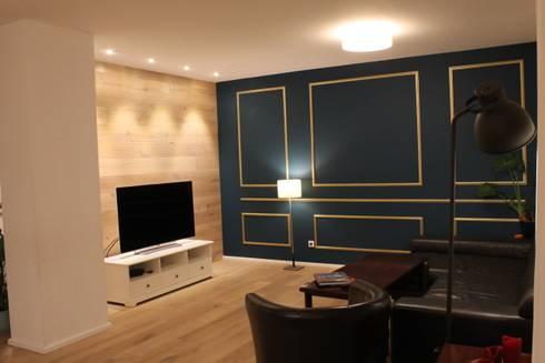 Neugstaltung Wohnzimmerwand: klassische Wohnzimmer von Kathameno Interior Design e.U.