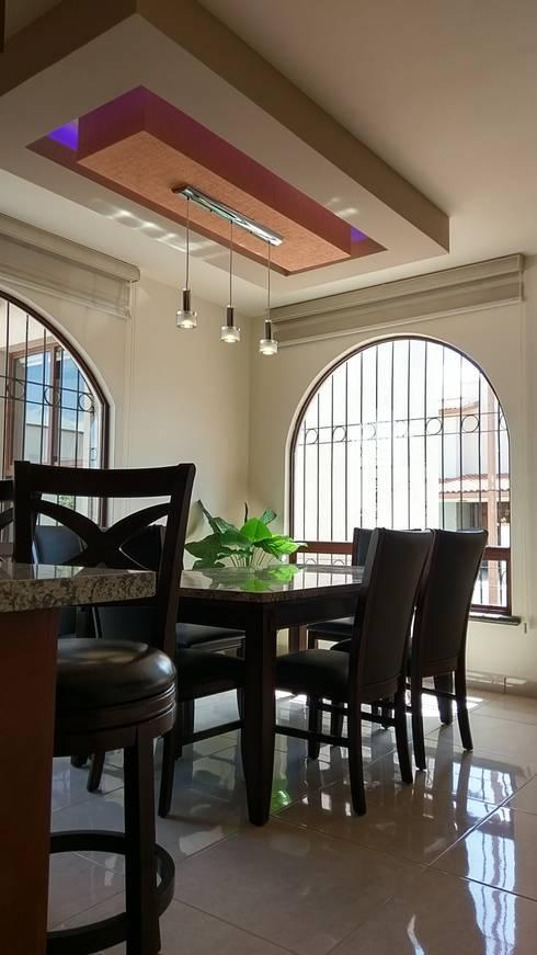 CASA CORREGIDORA I: Comedores de estilo  por DEC Arquitectos