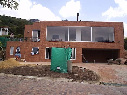 Casa en Sopo: Casas de estilo moderno por Proyectum SAS