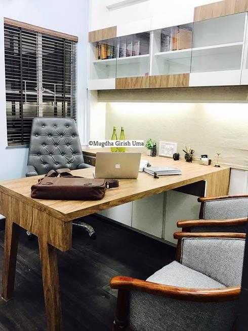 Office :  Offices & stores by Mugdha Girish Uma
