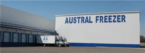 Austral Freezer: Casas de estilo industrial por Incubar: Arquitectura & Construcción
