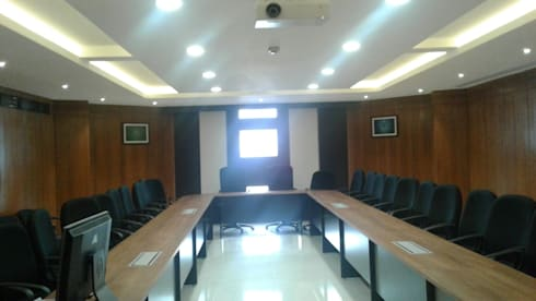 HPCL, Bhuvneshwar Regional Office:  Office spaces & stores  by HOME CITY LIFESTYLE