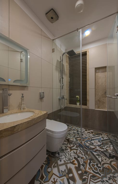 Mr. Shah's Residence : To create a Luxurious Lifestyle Design: modern Bathroom by Banaji & Associates