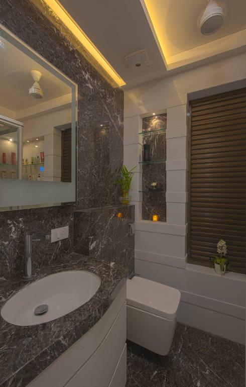 Mr. Shah's Residence : To create a Luxurious Lifestyle Design: modern Bathroom by Banaji & Associates