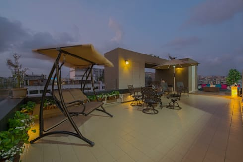Mr. Shah's Residence : To create a Luxurious Lifestyle Design:  Terrace by Banaji & Associates