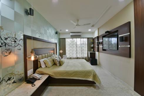 Mr. Doshi's Residence: modern Bedroom by Banaji & Associates