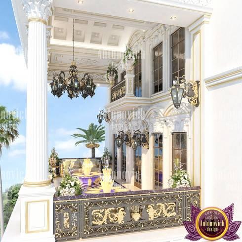 Excellent Villa exterior design by Katrina Antonovich: classic Houses by Luxury Antonovich Design