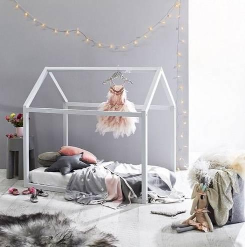 Cama Montessori plaza y media + delivery: Dormitorios infantiles  de estilo  por Montessori Room