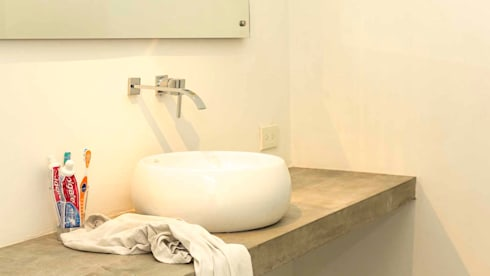 Baño sin Home Staging:  de estilo  por homeblizz