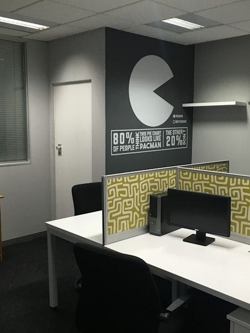Mr Price Money - Decorating:  Study/office by Just Interior Design
