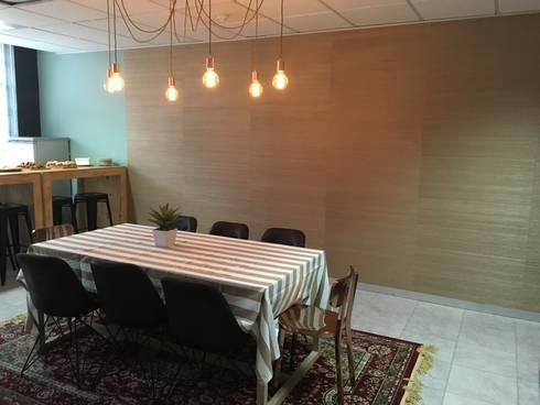 Mr Price Money—Decorating:  Study/office by Just Interior Design